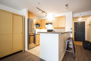 """Photo 11: 408 997 W 22ND Avenue in Vancouver: Cambie Condo for sale in """"THE CRESCENT IN SHAUGHNESSY"""" (Vancouver West)  : MLS®# R2585378"""