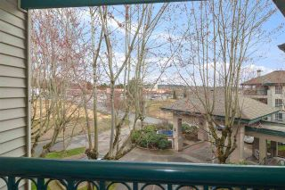 """Photo 18: 302 19528 FRASER Highway in Langley: Cloverdale BC Condo for sale in """"Fairmont"""" (Cloverdale)  : MLS®# R2554897"""