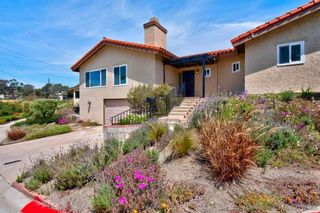 Photo 3: MISSION HILLS House for sale : 3 bedrooms : 3235 Horton Ave in San Diego