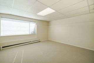 "Photo 33: 15452 VICTORIA Avenue: White Rock House for sale in ""White Rock Hillside"" (South Surrey White Rock)  : MLS®# R2558705"