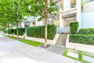 """Photo 1: 1003 RICHARDS Street in Vancouver: Downtown VW Townhouse for sale in """"MIRO"""" (Vancouver West)  : MLS®# R2097525"""