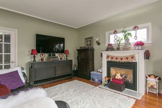 Photo 3: 345 MARMONT Street in Coquitlam: Maillardville House for sale : MLS®# R2026819