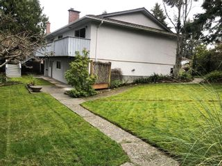 Photo 39: 2058 Saltair Pl in : SE Gordon Head House for sale (Saanich East)  : MLS®# 867531