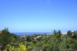 Photo 5: LA JOLLA House for sale : 4 bedrooms : 6561 Avenida Wilfredo