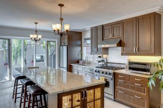Photo 9: 9 Waskatenau Crescent SW in Calgary: Westgate Detached for sale : MLS®# A1119847