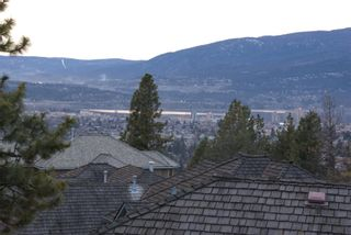 Photo 15: 2114 Lillooet Crescent in Kelowna: Other for sale : MLS®# 10003319