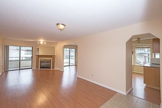 """Photo 3: 201 15153 98 Avenue in Surrey: Guildford Townhouse for sale in """"Glenwood Village"""" (North Surrey)  : MLS®# R2020396"""