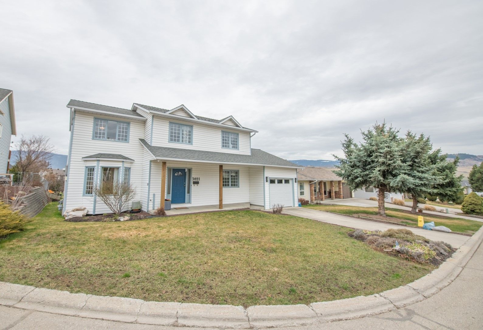 Main Photo: 3021 Heritage Court in Vernon: House for sale : MLS®# 10228690