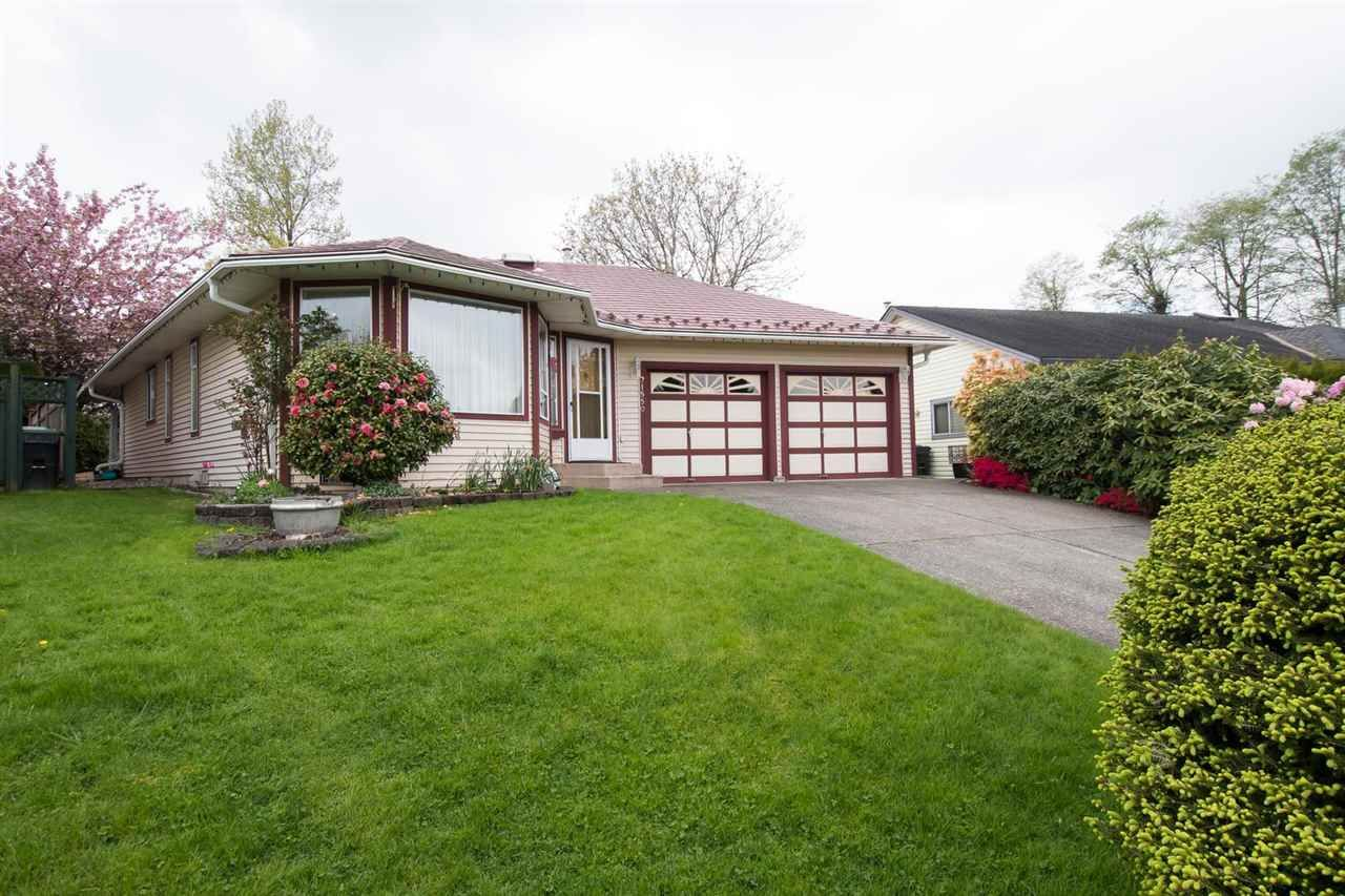 Main Photo: 21550 93B Avenue in Langley: Walnut Grove House for sale : MLS®# R2574904