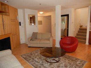 Photo 4: 1453 WALNUT Street in Vancouver: Kitsilano Townhouse for sale (Vancouver West)  : MLS®# R2197205