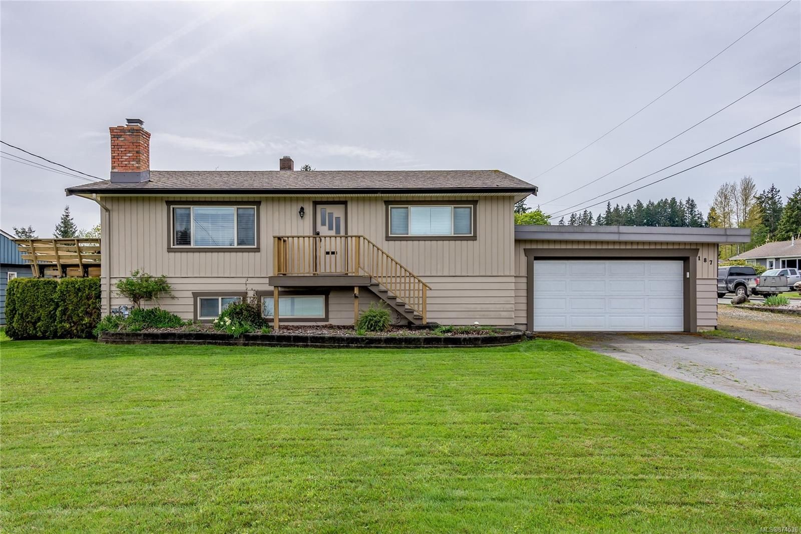 Main Photo: 187 Dahl Rd in : CR Willow Point House for sale (Campbell River)  : MLS®# 874538