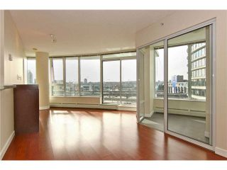 """Photo 1: 902 58 KEEFER Place in Vancouver: Downtown VW Condo for sale in """"THE FIRENZE"""" (Vancouver West)  : MLS®# V1031794"""
