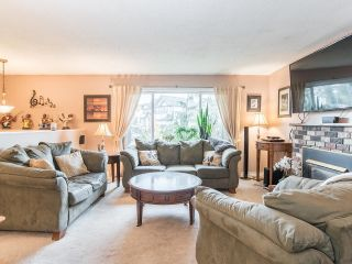 Photo 4: 13388 CYPRESS Place in Surrey: Queen Mary Park Surrey House for sale : MLS®# R2624139