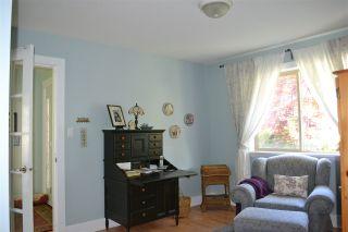 Photo 12: 5315 CEDARVIEW Place in Sechelt: Sechelt District House for sale (Sunshine Coast)  : MLS®# R2368813