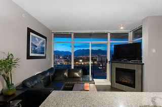 Photo 5: #409-298 E 11th. in Vancouver: Mount Pleasant VW Condo for sale (Vancouver West)  : MLS®# v1029876