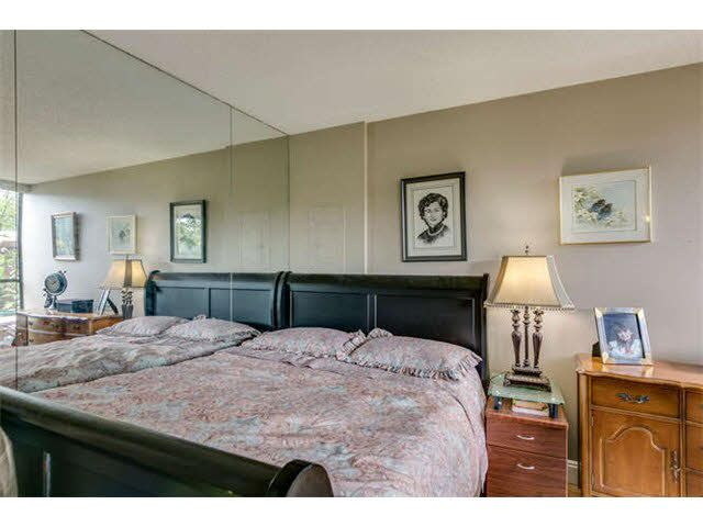 """Photo 13: Photos: G02 1470 PENNYFARTHING Drive in Vancouver: False Creek Condo for sale in """"Harbour Cove"""" (Vancouver West)  : MLS®# V1081390"""