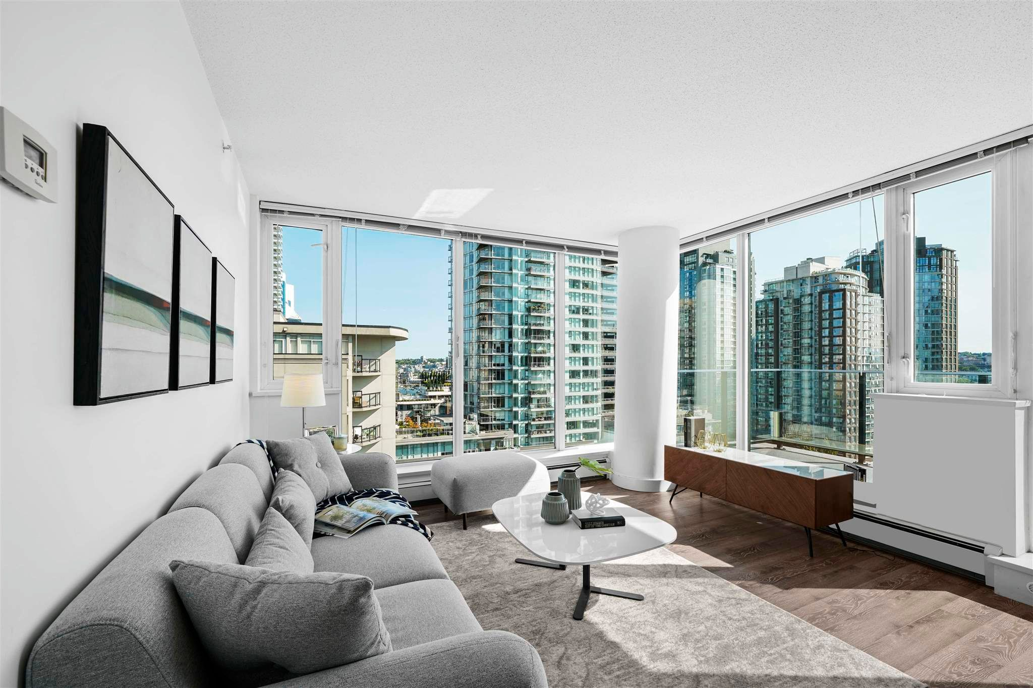 Main Photo: 1109 1325 ROLSTON Street in Vancouver: Downtown VW Condo for sale (Vancouver West)  : MLS®# R2605082