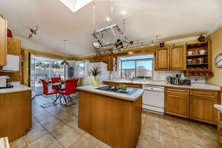 """Photo 6: 517 FADER Street in New Westminster: Sapperton House for sale in """"HUME PARK"""" : MLS®# R2447033"""