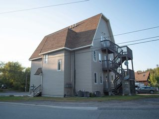 Photo 2: 2 20 Emily Street in Parry Sound: House (3-Storey) for lease : MLS®# X5370293