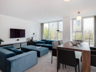 Photo 7: 305 1009 EXPO BOULEVARD in Vancouver: Yaletown Condo for sale (Vancouver West)  : MLS®# R2575432