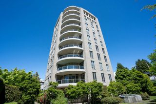 """Photo 2: 202 5850 BALSAM Street in Vancouver: Kerrisdale Condo for sale in """"THE CLARIDGE"""" (Vancouver West)  : MLS®# R2603939"""
