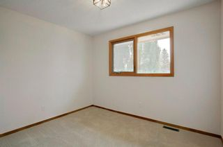 Photo 26: 131 Strathbury Bay SW in Calgary: Strathcona Park Detached for sale : MLS®# A1130947