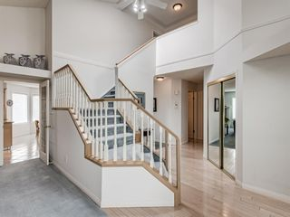 Photo 22: 54 Signature Close SW in Calgary: Signal Hill Detached for sale : MLS®# A1124573