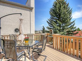 Photo 14: 114 SIGNATURE Close SW in Calgary: Signal Hill House for sale