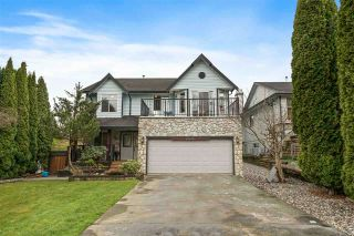 Photo 1: 23190 122 Avenue in Maple Ridge: East Central House for sale : MLS®# R2564453