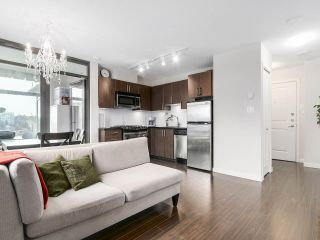 """Photo 5: 1001 1068 W BROADWAY in Vancouver: Fairview VW Condo for sale in """"The Zone"""" (Vancouver West)  : MLS®# R2148292"""