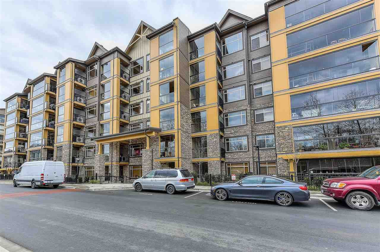 """Main Photo: 316 8157 207 Street in Langley: Willoughby Heights Condo for sale in """"YORKSON PARKSIDE 2"""" : MLS®# R2433194"""