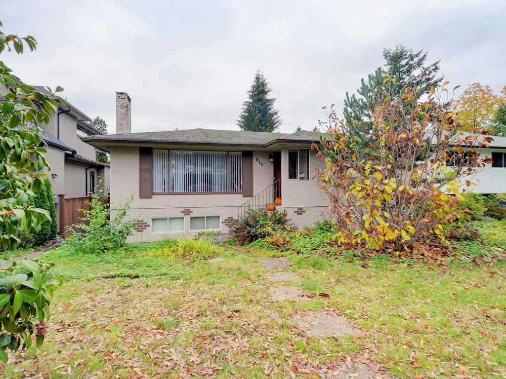 Photo 1: Photos: 915 E 14TH Street in North Vancouver: Boulevard House for sale : MLS®# R2131992