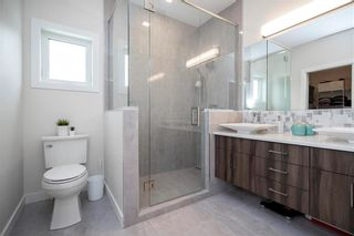Photo 17: 445 Scotswood Drive South in Winnipeg: Charleswood Residential for sale (1G)  : MLS®# 202004764