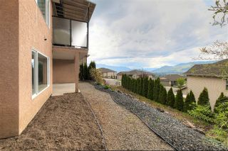 Photo 4: 3077 Stoneridge Drive in West Kelowna: Smith Creek House for sale (Central Okanagan)  : MLS®# 10138371