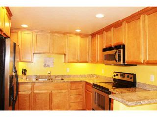 Photo 2: CROWN POINT Condo for sale : 1 bedrooms : 3993 Jewell Street #B1 in San Diego