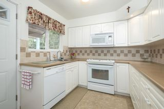 Photo 9: 955 HARTFORD PLACE in North Vancouver: Windsor Park NV House for sale : MLS®# R2611683