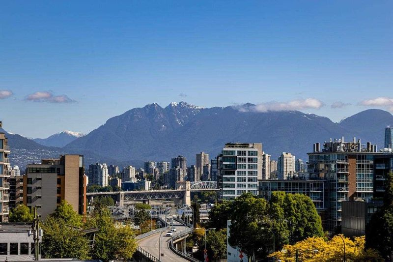 FEATURED LISTING: 602 - 1633 10TH Avenue West Vancouver