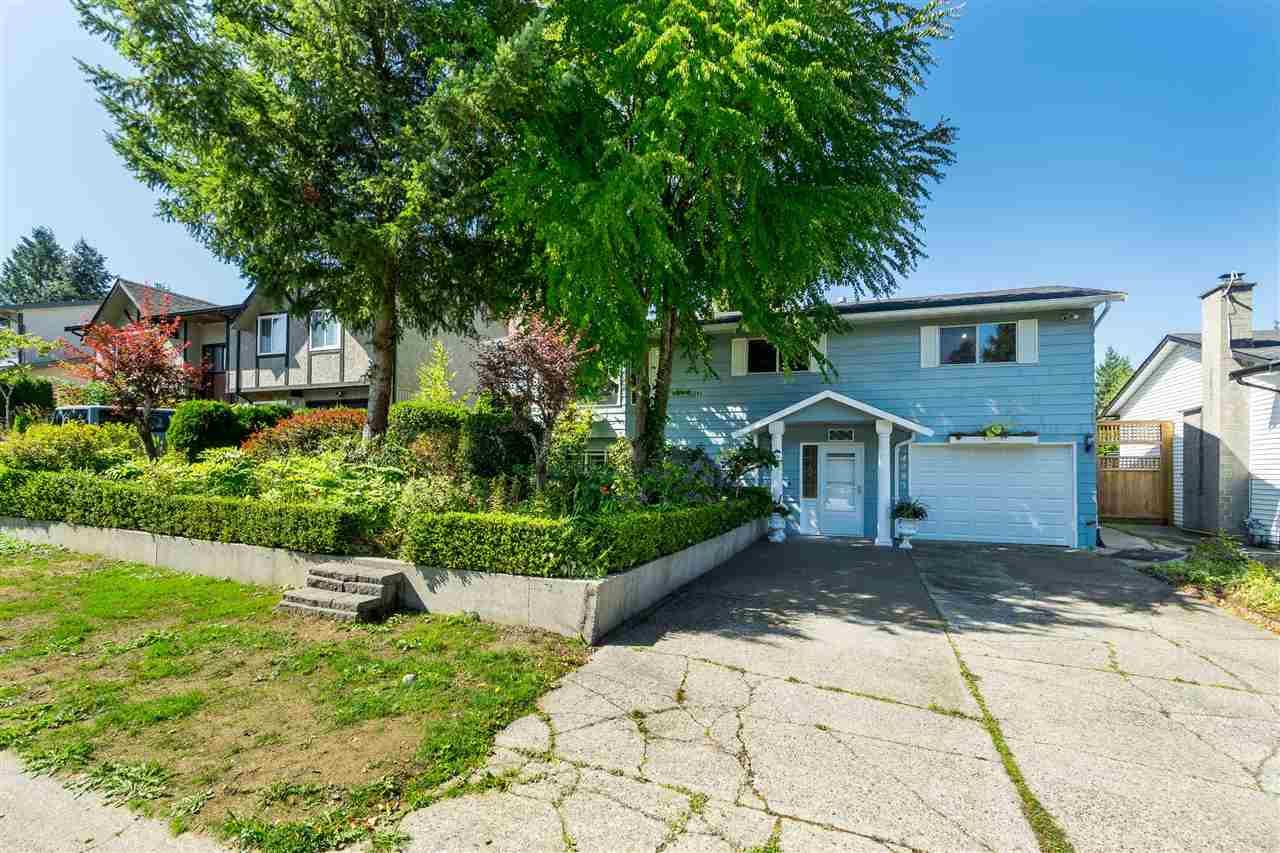Main Photo: 4987 197A STREET in : Langley City House for sale : MLS®# R2399367