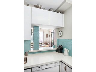 """Photo 7: 404 130 E 2ND Street in North Vancouver: Lower Lonsdale Condo for sale in """"THE OLYMPIC"""" : MLS®# V1134065"""