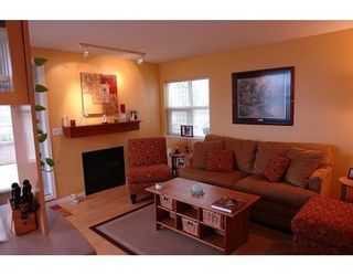 Photo 2: 33 7111 LYNNWOOD DR in Richmond: 23 Granville Condo for sale : MLS®# V585123
