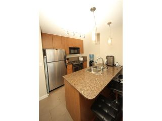 """Photo 4: 1101 7063 HALL Avenue in Burnaby: Highgate Condo for sale in """"EMERSON"""" (Burnaby South)  : MLS®# V971763"""