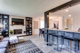 Photo 5: 23 Woodbrook Road SW in Calgary: Woodbine Detached for sale : MLS®# A1119363