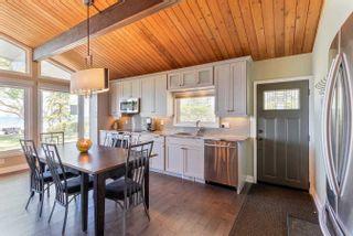 Photo 8: 132 Shore Lane: Wasaga Beach House (Bungalow) for sale : MLS®# S5259310
