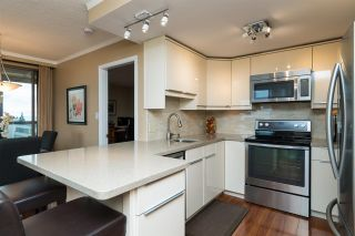 """Photo 7: 809 15111 RUSSELL Avenue: White Rock Condo for sale in """"PACIFIC TERRACE"""" (South Surrey White Rock)  : MLS®# R2141552"""