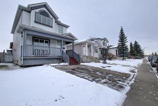 Photo 2: 47 Appleburn Close SE in Calgary: Applewood Park Detached for sale : MLS®# A1049300