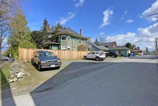 """Photo 3: 2812 YUKON Street in Vancouver: Mount Pleasant VW House for sale in """"Yukon Mansion"""" (Vancouver West)  : MLS®# R2559354"""