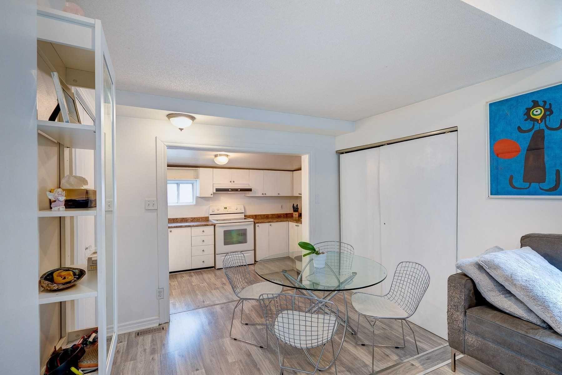 Main Photo: Upper 47 Jones Avenue in Toronto: South Riverdale House (2-Storey) for lease (Toronto E01)  : MLS®# E4990556