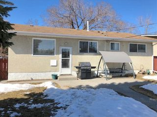 Photo 26: 7704 HUNTERFIELD Road NW in Calgary: Huntington Hills House for sale : MLS®# C4178751