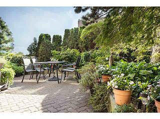 """Photo 5: 404 130 E 2ND Street in North Vancouver: Lower Lonsdale Condo for sale in """"THE OLYMPIC"""" : MLS®# V1134065"""