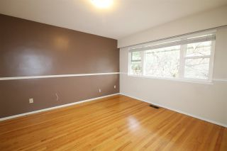 Photo 10: 8255 ELLIOTT Street in Vancouver: Fraserview VE House for sale (Vancouver East)  : MLS®# R2527761